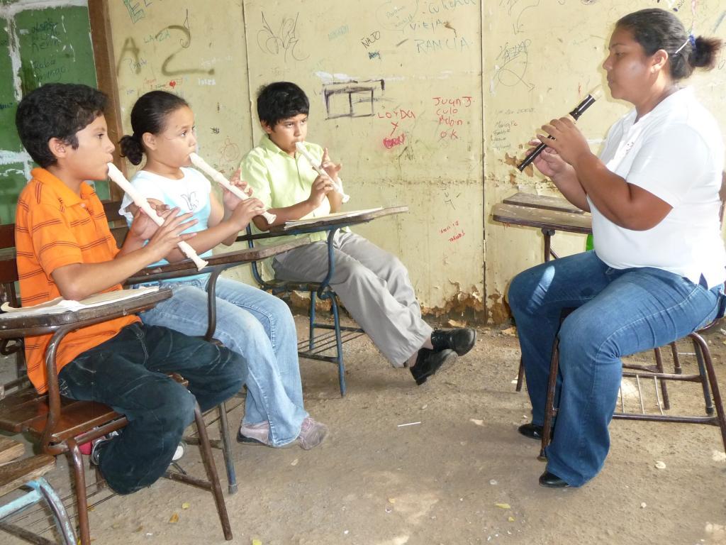 musica-en-los-barrios_p1020141