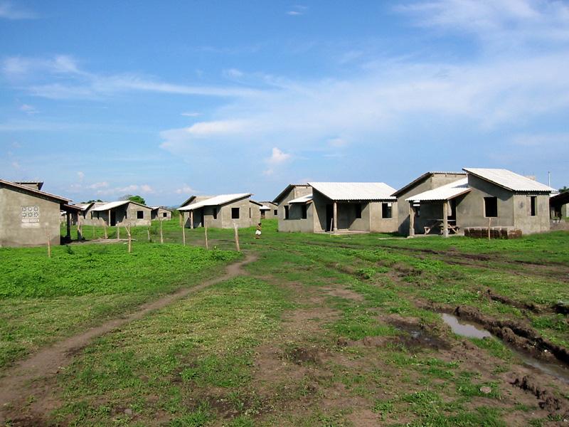 desarollo-rural-en-malacatoya_grupo-de-casas